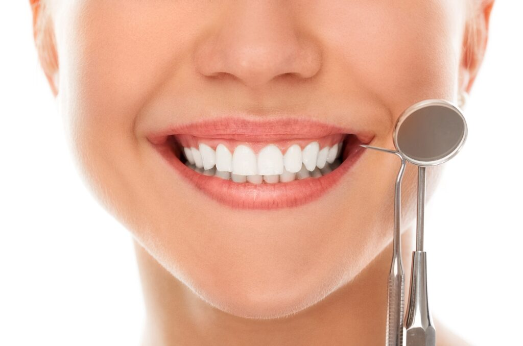 Know How To Take Care Of Your Teeth After Whitening Treatment